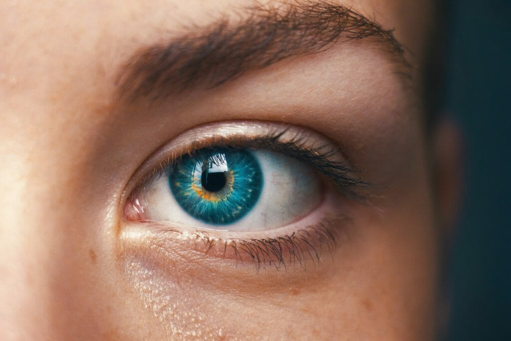 right eye functional vision test